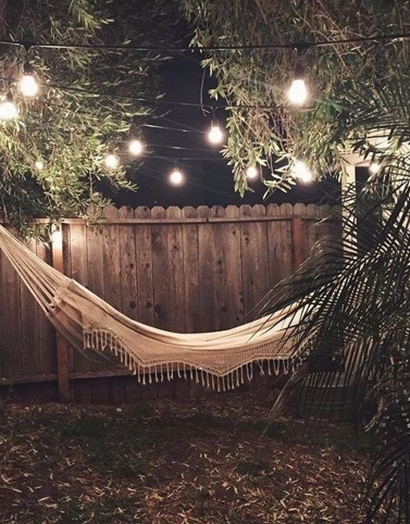 The-Best-Backyard-Hammock-Ideas-For-Relaxation-29